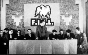 Mesa del II Congreso de la FIJL (1946). Miguel Chueca, Florentino destajo, Juan Alcázar, Benito Milla, Juan Pintado, Liberto Sarrau y Raúl Carballeira, entre otros