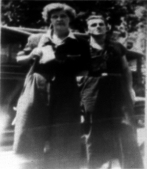 Clara y Paul Thmalann.