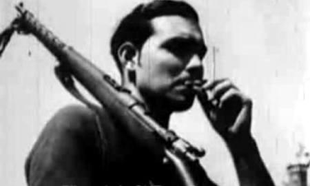 Foto : Bartolome Flores Cano en el frente de Aragon, 1936