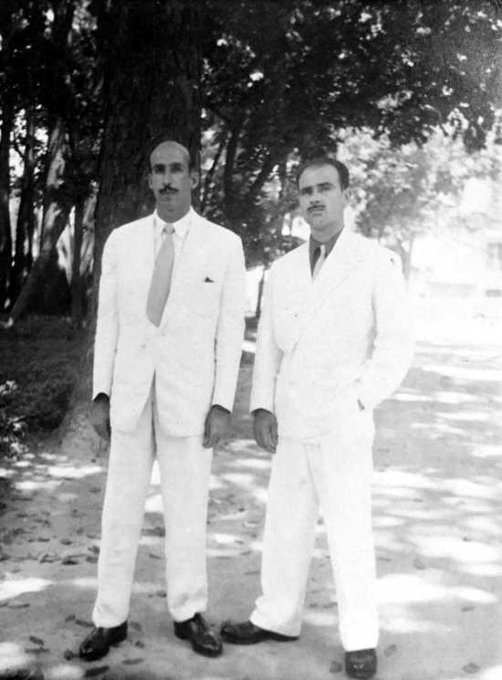 Josep Gatell Comas (derecha) con Enric Casañas Piera (Río de Janeiro, 1953)